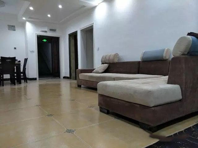 剑江半岛  3室 2厅 2卫